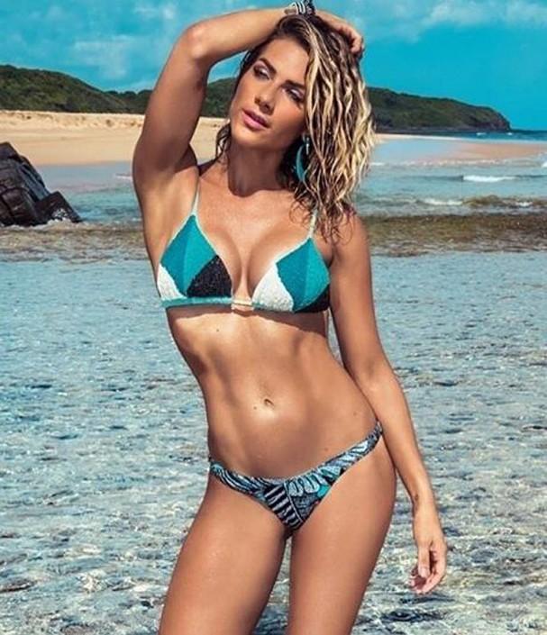Estilo Sugar: Inspire se na Moda Praia de Giovanna Ewbank