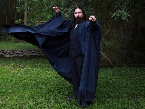 O professor de Poções e Elixires, Vladmir Tristão (Foto: Escola de Magia e Bruxaria/Divulgação)