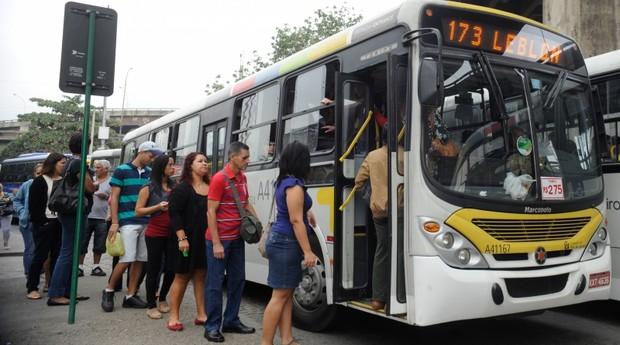 Ônibus no RJ (Foto: Agência Brasil)