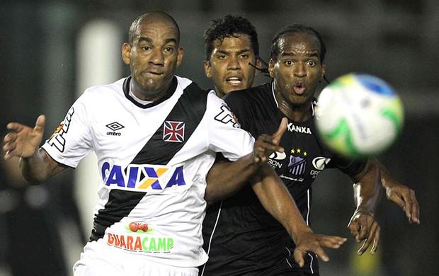 Rodrigo, Vasco X Bragantino (Foto: Marcelo Sadio / Vasco.com.br)