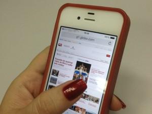 Usuários já podem acessar tecnologia 4G em celulares compatíveis com o serviço (Foto: Denise Muniz/G1)
