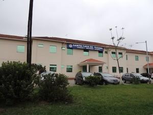 Fachada da Unidade I da Santa Casa de Suzano  (Foto: Douglas Pires/G1)
