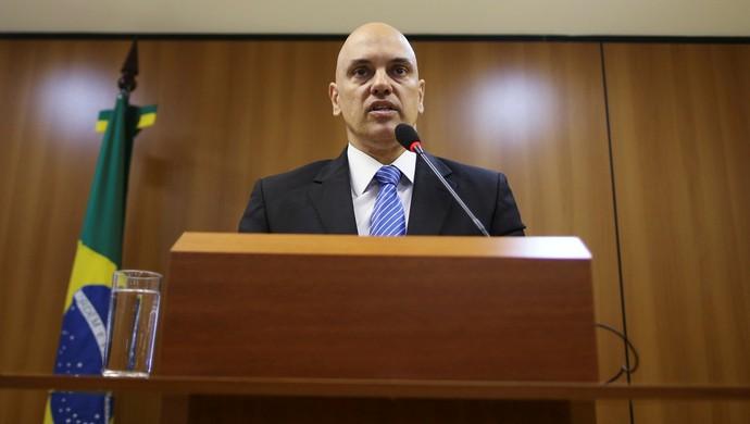 Mnistro da Justiça, coletiva sobre prisão de suspeitos de ligação com EI (Foto: Adriano Machado/Reuters)