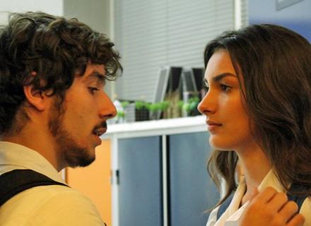 Luan dá perdido na Luciana para ir ao cinema com Alina