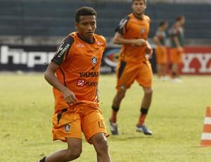 Jhonnatan foi um dos destaques do Remo (Foto: Marcelo Seabra/O Liberal)