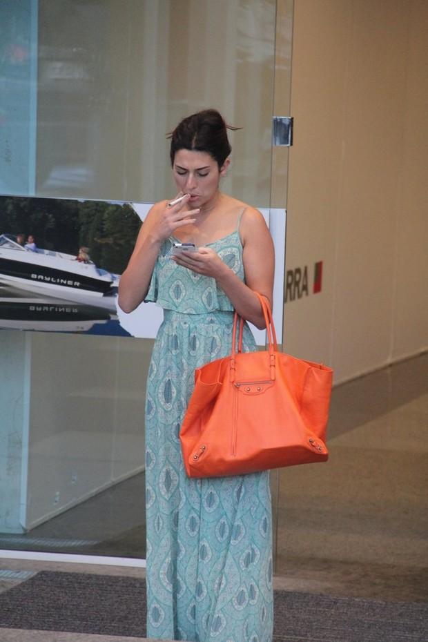 Fernanda Paes Leme no shopping (Foto: Marcus Pavão / AgNews)