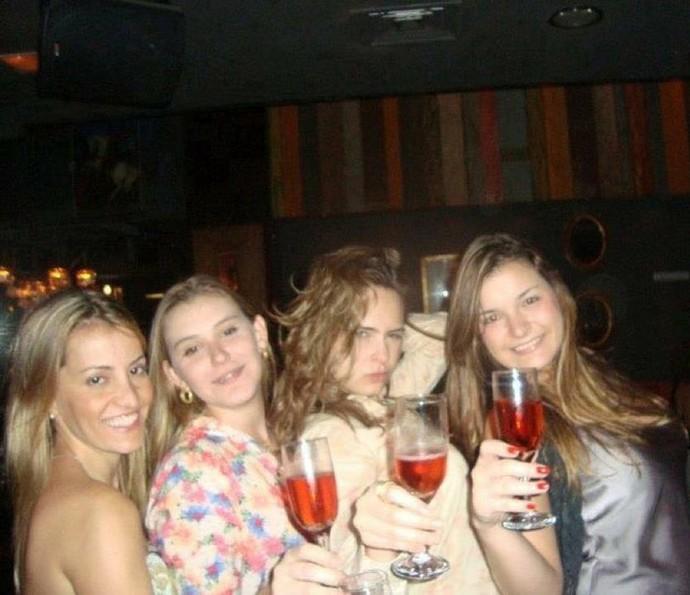 Ana Paula adora curtir uma festa com as amigas (Foto: Arquivo Pessoal)