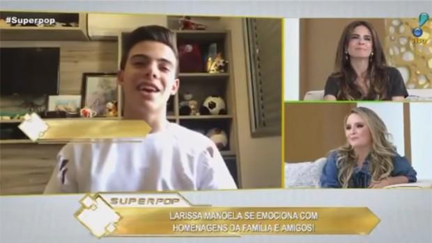 Thomaz Costa gravou depoimento carinhoso para Larissa Manoela (Foto: Reprodução/Youtube)