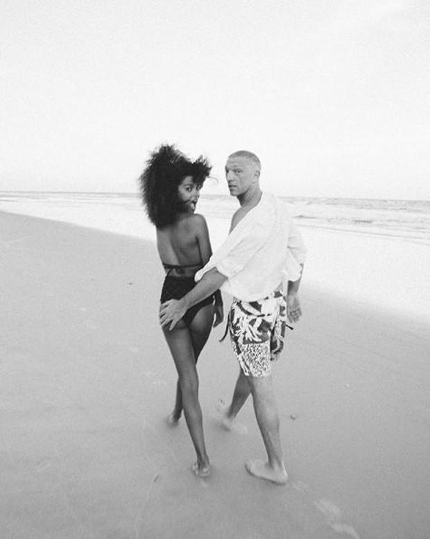 Vincent Cassel e Tina Kunakey Di Vita na Bahia (Foto: Reprodução/Instagram)