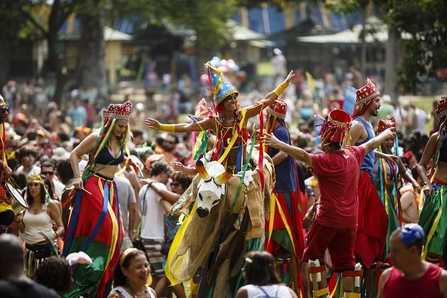 Desfile do bloco Terreirada Cearense no carnaval de 2016