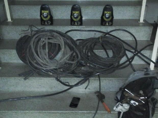 Guarda Municipal apreendeu 60 kg de fios de cobre em Piracicaba (Foto: Divulgação/Guarda Municipal)