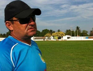 Jorge Pinheiro (treinador de goleiros do Atlético de Cajazeiras) (Foto: Diego Morais / Globoesporte.com)