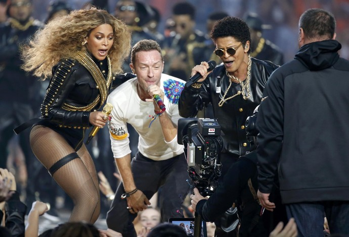 Beyoncé, Bruno Mars e Coldplay - show intervalo super bowl 50 (Foto: Reuters)