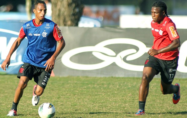 Liedson, treino do Flamengo (Foto: Mauricio Val / Vipcomm)