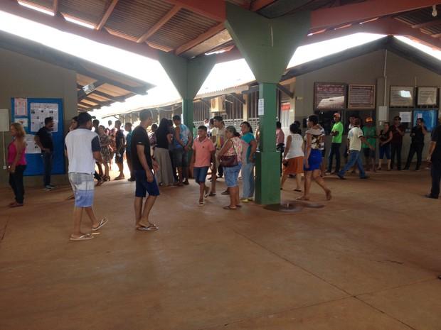 A eleição para Conselheiro Tutelar aconteceu na escola Irmã Celeste. (Foto: Júnior Freitas)