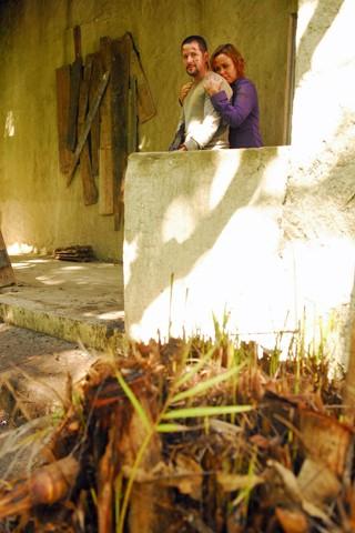 Wilson (Murilo Benício) e Cláudia (Giulia Gam) em Força-Tarefa, que vira filme no festival Luz, Câmera 50 Anos (Foto: João Miguel JR./Globo)