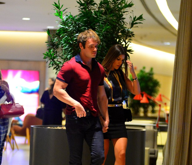 Thor Batista e a namorada Lunara Campos (Foto: William Oda/Ag.News)