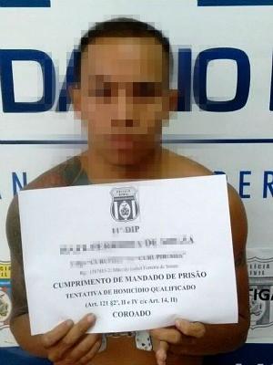 Suspeito foi preso em cumprimento a um mandado de prisão (Foto: Divulgação/Polícia Civil)