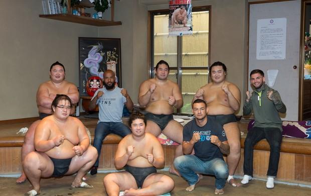 Cub Swanson Demetrious Johnson sumô Japão UFC