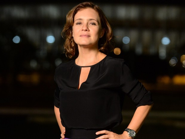 Adriana Esteves volta à TV em janeiro na minissérie 'Felizes para Sempre'  (Foto: Zé Paulo Cardeal/TV Globo)