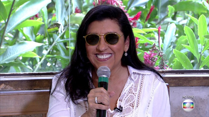 Regina Casé toma café da manhã com Ana Maria Braga  (Foto: TV Globo)