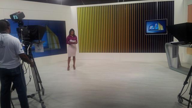 Estúdio Inter TV Cabo Frio 4 (Foto: Laís Vargas)