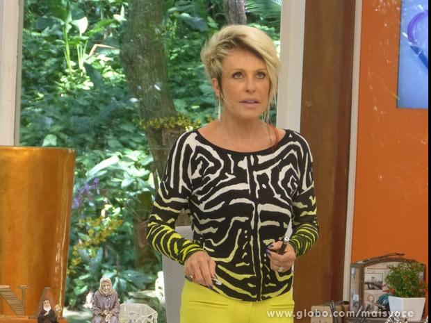Ana Maria mostra caneta laser no estúdio e faz alerta para os danos que ela pode causar (Foto: Mais Você / TV Globo)