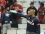 De olho no G-4, Weverton mira vitória fora de casa contra o Santos, sábado
