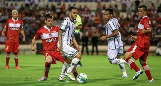 meio a meio (Ailton Cruz/Gazeta de Alagoas)