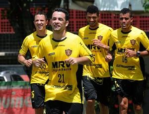 gilsinho sport treino (Foto: Aldo Carneiro / Pernambuco Press)