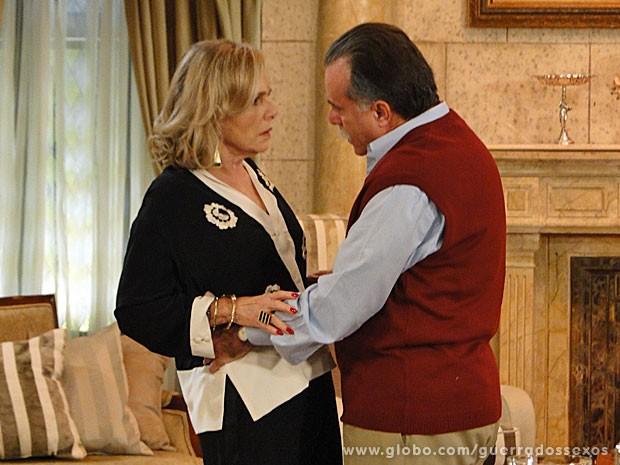 Otávio se declara para Charlô (Foto: Guerra dos Sexos / TV Globo)
