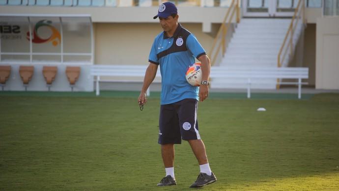 Betinho, técnico do Confiança (Foto: Osmar Rios)