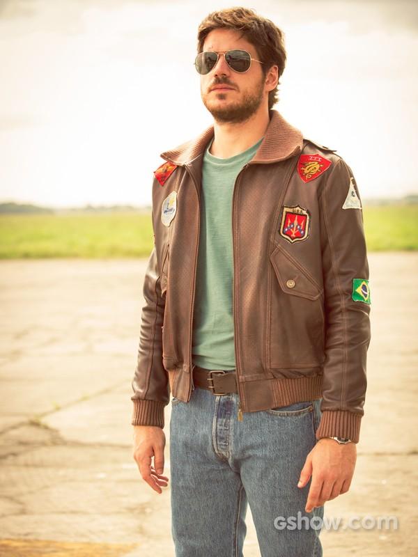 Marco Pigossi será um piloto em Boogie Oogie (Foto: Felipe Monteiro/TV Globo)