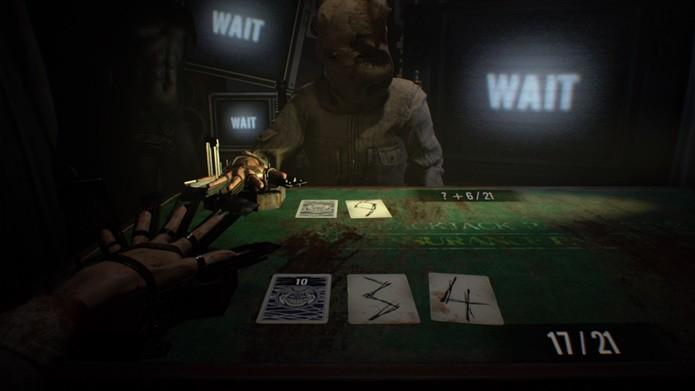 Contar as cartas é essencial para vencer no DLC de Resident Evil 7 (Foto: Reprodução/Felipe Demartini)