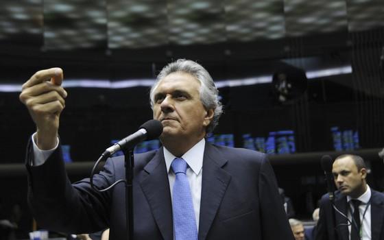 O senador Ronaldo Caiado (DEM-GO), em foto de 2015, quando o Plenário do Congresso analisou vetos da presidente Dilma Rousseff (Foto: Geraldo Magela/Agência Senado)
