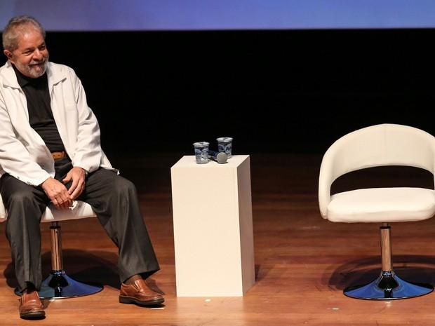 Ex-presidente Luiz Inácio Lula da Silva durante Seminário Internacional Participação Cidadã, Gestão Democrática e as Cidades no Século XXI, no Cenforpe, em São Bernardo do Campo (Foto: William Volcov/ Estadão Conteúdo)