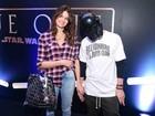 Isabeli Fontana e Di Ferrero vão à pré-estreia de 'Rogue One'