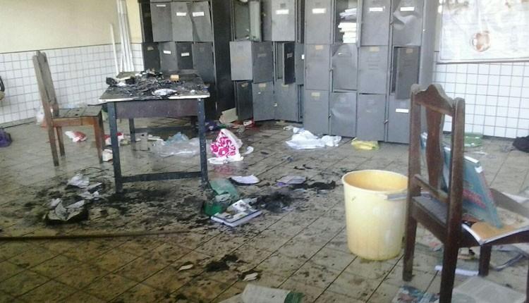 Escola atacada no Cohatrac, em São Luís. Conta sobe para 16 (Foto: Divulgação / Polícia)