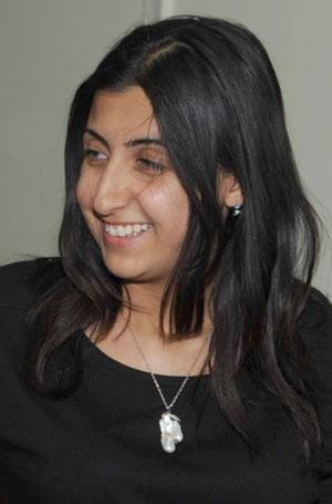 A jornalista síria Yara Abbas em foto não datada divulgada pela agência oficial síria Sana (Foto: AFP)