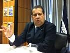Concessão de seguro-desemprego deve cair 25% até 2019, diz Lupi
