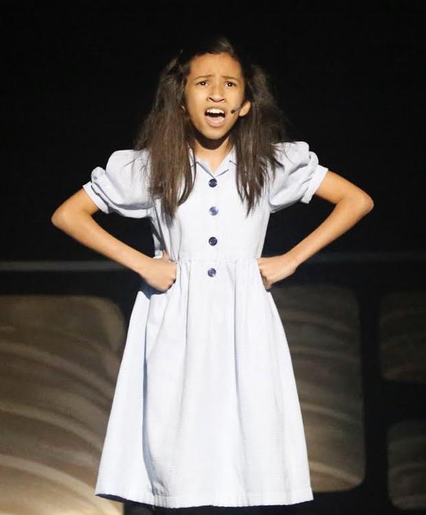 Giovanna Abreu estrela o musical 'Matilda' (Foto: Divulgação)