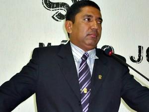Vereador Cledson dos Santos foi condenado a 6 anos de prisão por estupro de vulnerável  (Foto: Divulgação/Câmara de Vereadores de Manoel Urbano )
