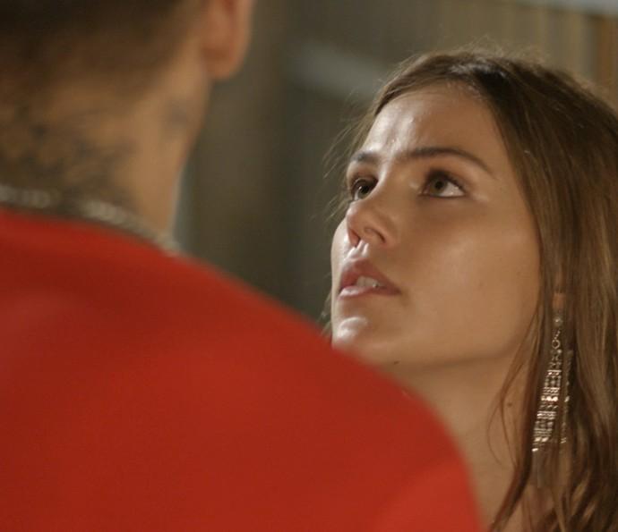 Alina dá bronca em Uodson (Foto: Tv Globo)