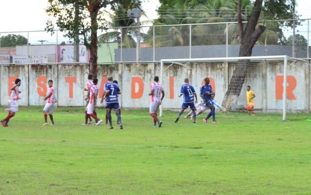 Gol Nacional-AM (Foto: Rodrigo Litaiff)