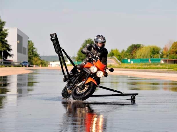 Bosch lança freios ABS para motos em Campinas (Foto: Divulgação / Bosh)