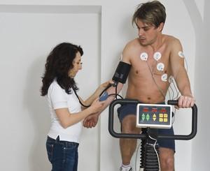 exame médico teste ergométrico eu atleta (Foto: Getty Images)