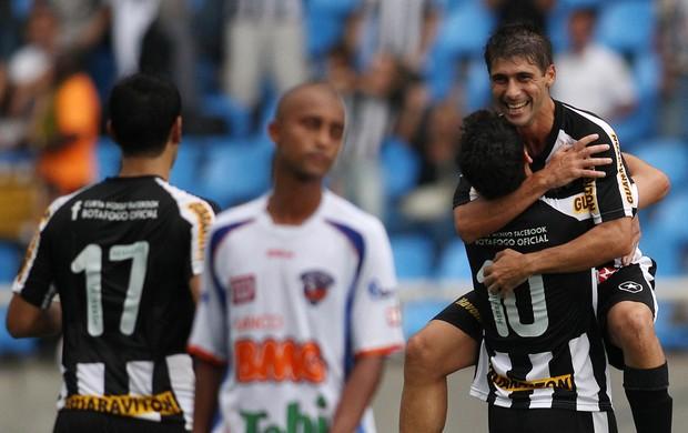 Felype Gabriel gol Botafogo (Foto: Fernando Soutello / AGIF)