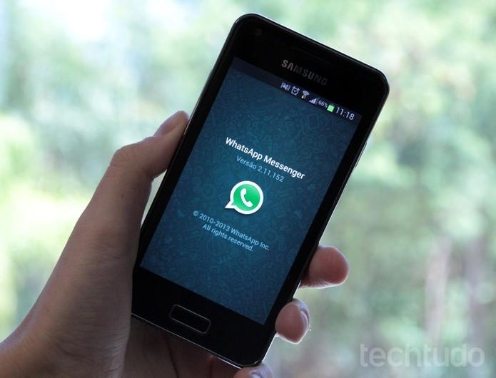 WhatsApp ganhou novo botão no Android para facilitar o envio de fotografias (Foto: Luciana Maline/TechTudo) (Foto: WhatsApp ganhou novo botão no Android para facilitar o envio de fotografias (Foto: Luciana Maline/TechTudo))