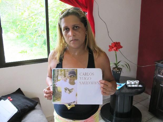 Mãe de jovem morto atropelado por trem quer justiça (Foto: Rodrigo Martins/ G1)