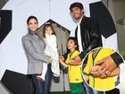 Famosos e seus filhos vão à festa de Luca, filho de Carol Celico e Kaká